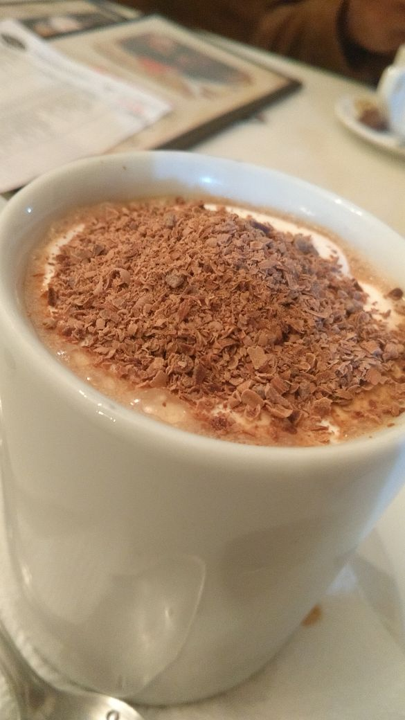 Chocolate Quente com chantilly